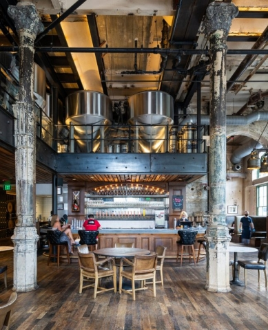Southerleigh Fine Food and Brewery, San Antonio / Clayton & Little