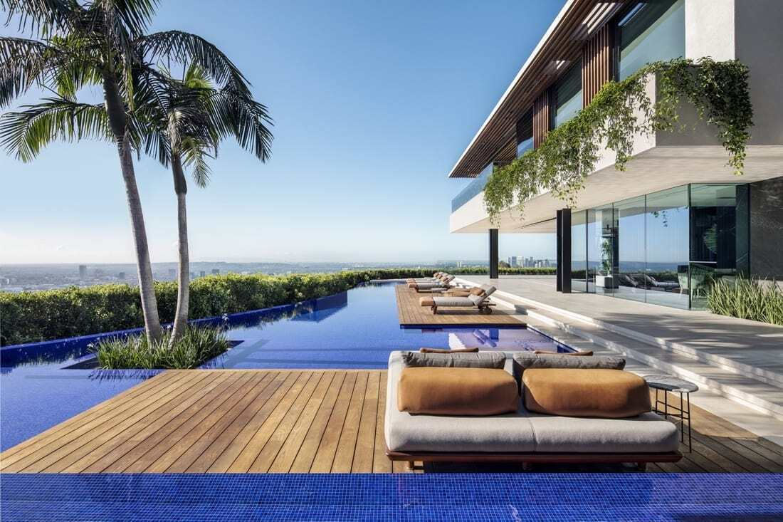 Hillside Home in Los Angeles by SAOTA