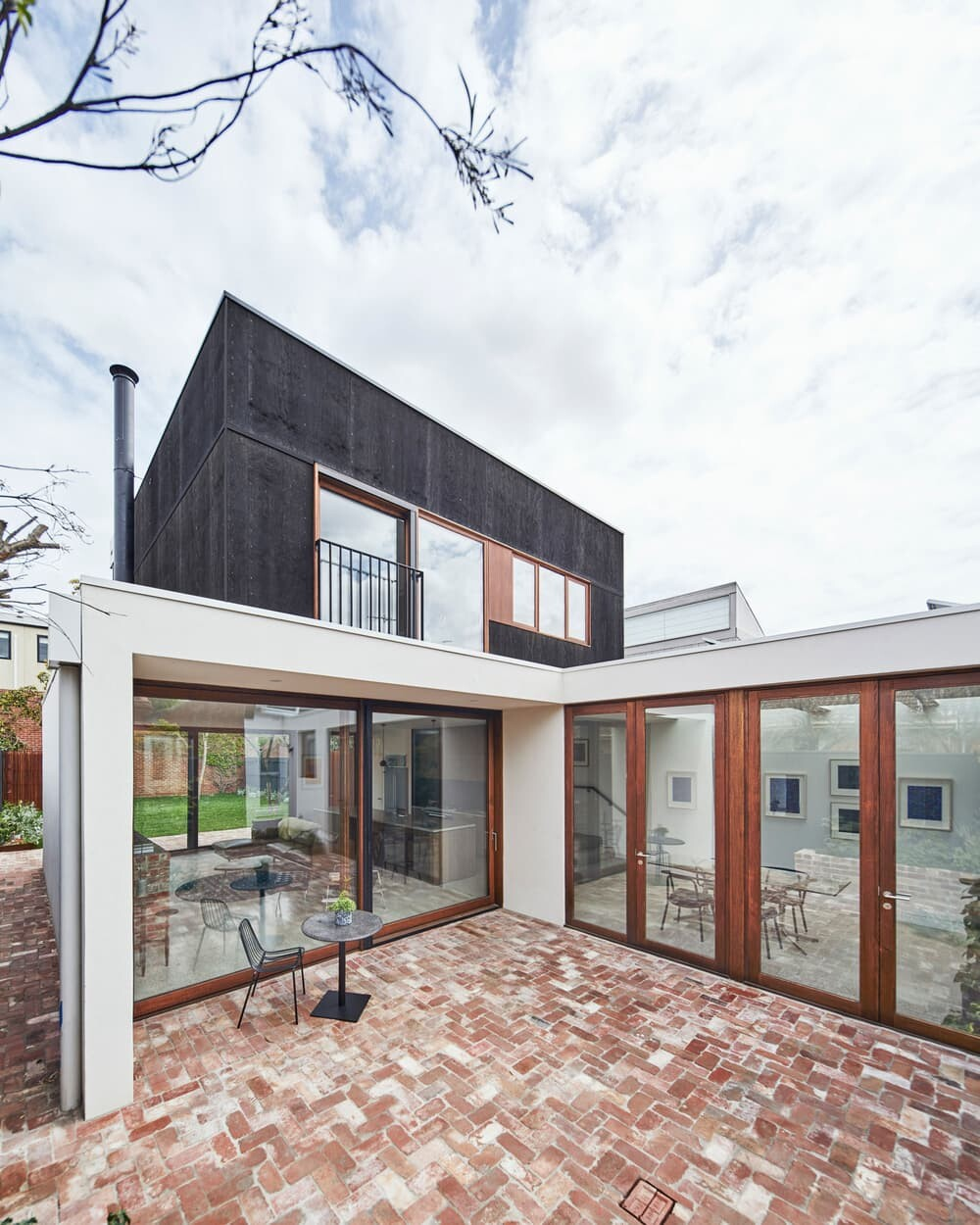 Field Office Architecture Completed an Open-Plan Addition to a Heritage Home