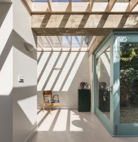 Colour Plane House by Turner Architects