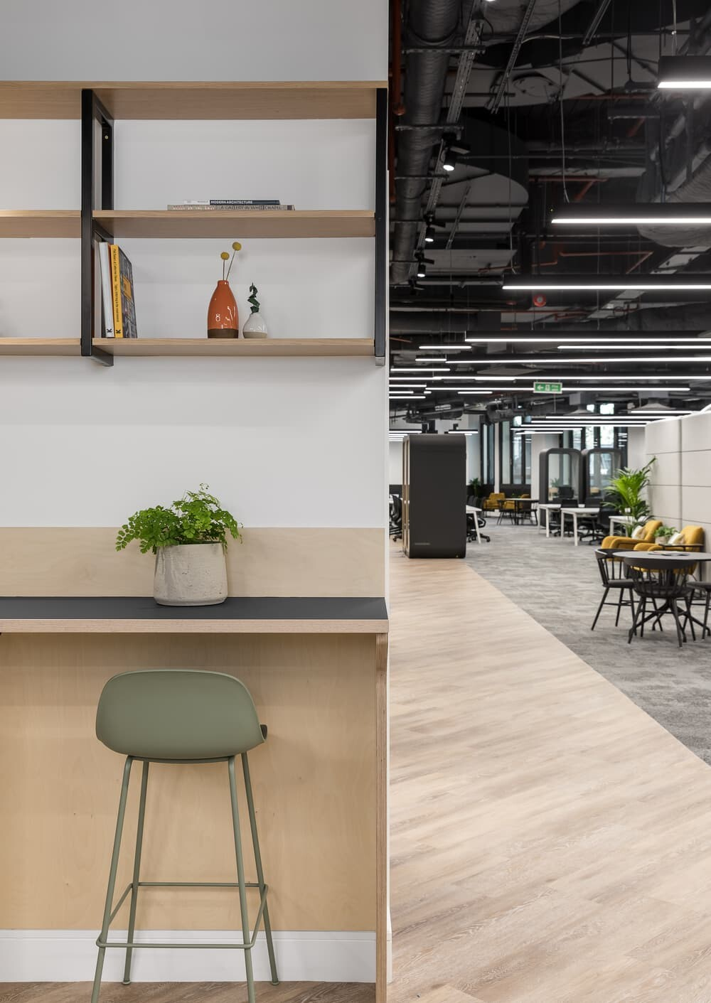 Knotel London Offices by Oktra