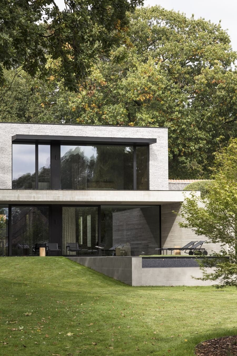 Modern Cube-Shaped House Completed by JUMA Architects