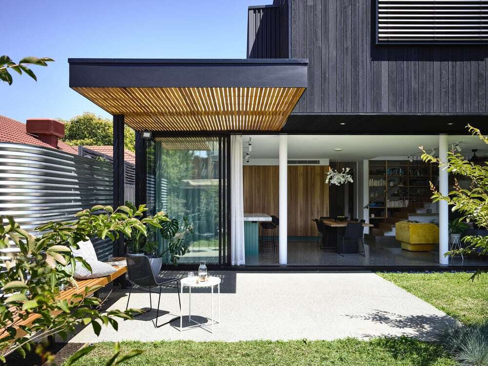Paperback House by Ben Callery Architects