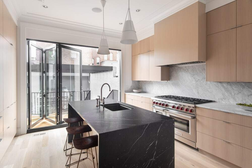 Teass / Warren Architects Renovated a Victorian Row House