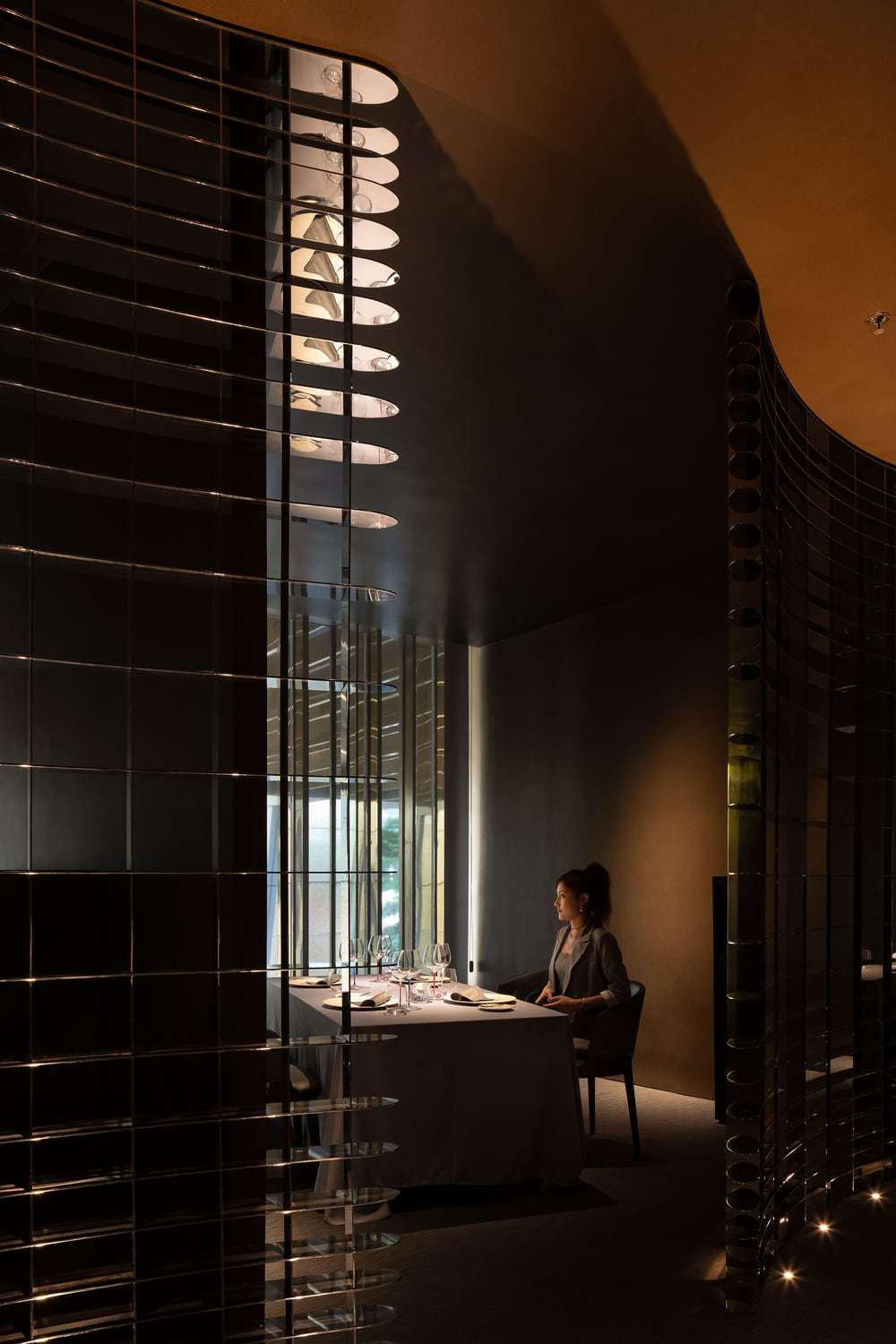 French Restaurant by AD Architecture - GENTLE L BY ALAN YU