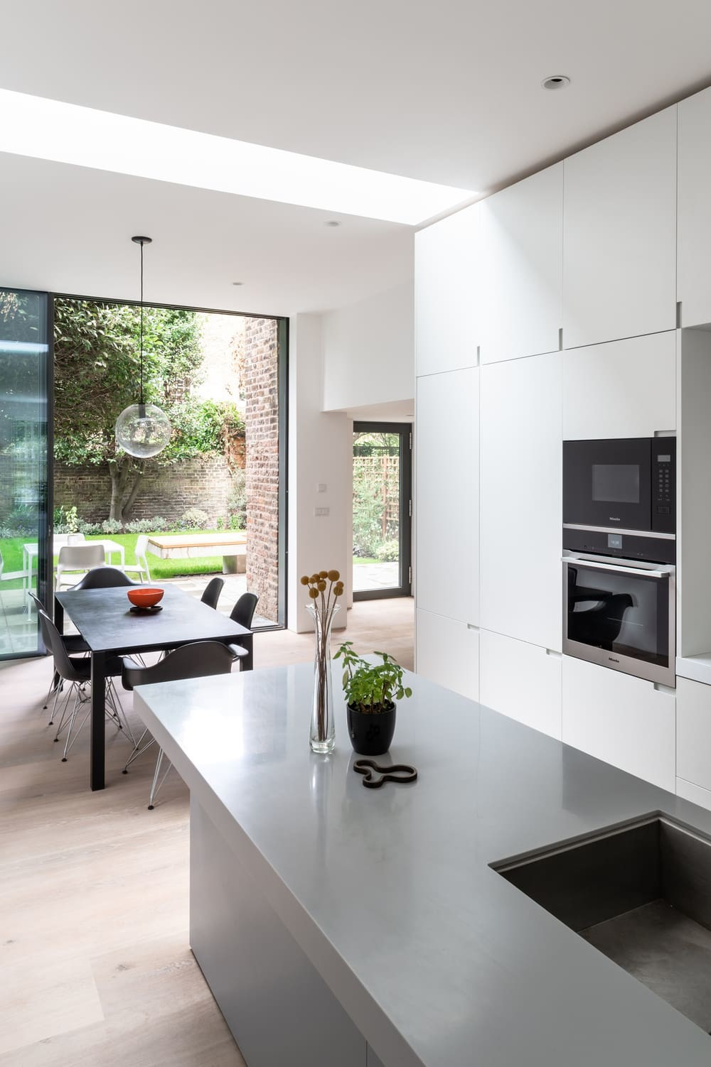 kitchen, dining space, OEB Architects