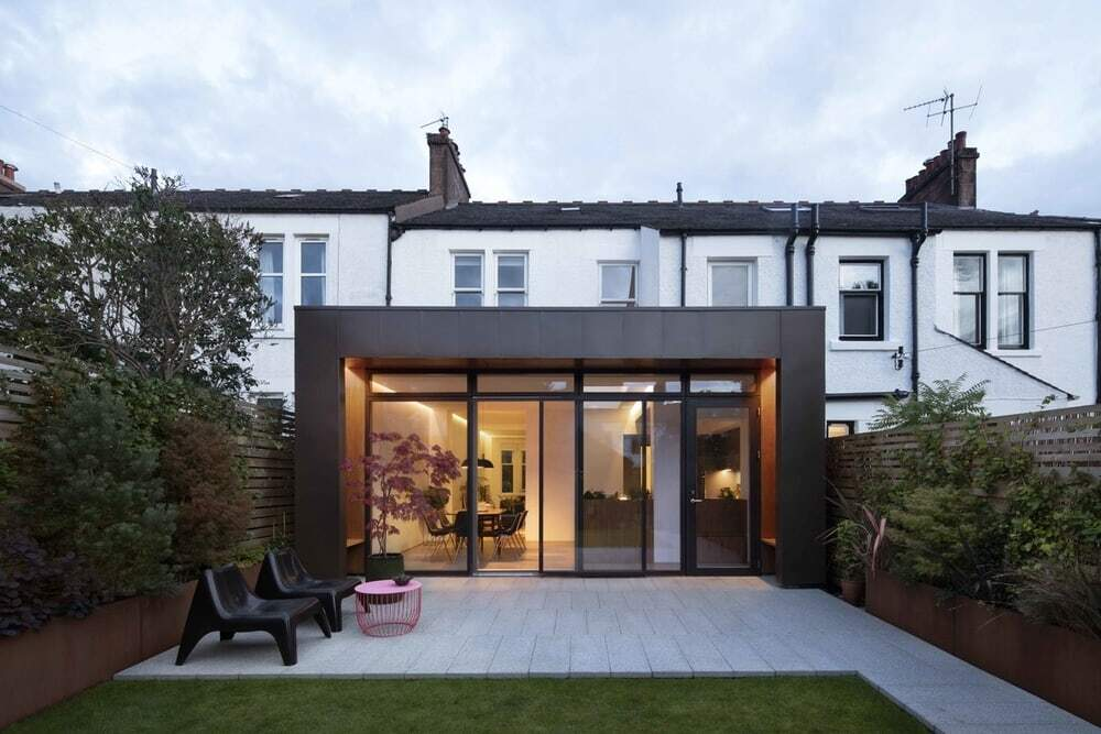 Marlborough Avenue Mid-Terrace Home by McGinlay Bell