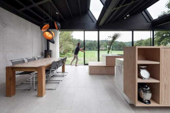 Villa HJ Built from Natural Materials, with Sustainable Techniques