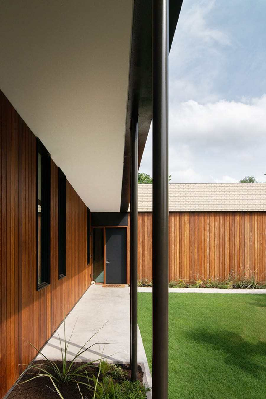 Barton Hills Brickhouse by Baldridge Architects