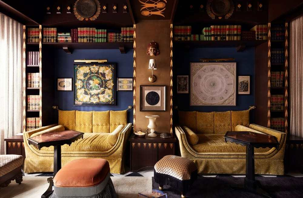 blue-and-gold salon provides private bar access for guests, New Orleans / EskewDumezRipple