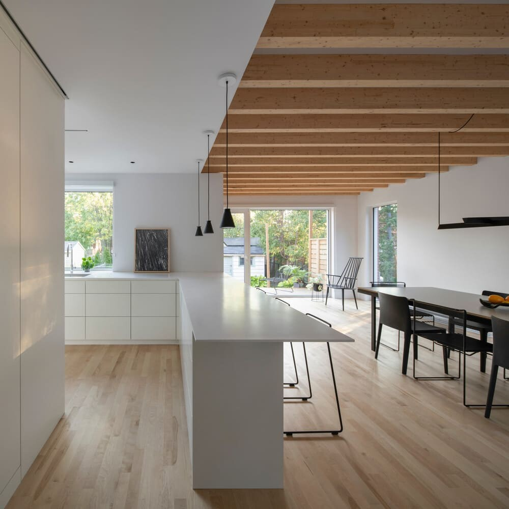 Patricia Residence by Dupont Blouin Architects