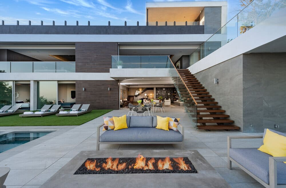 Los Tilos Residence, Hollywood Hills by Whipple Russell Architects