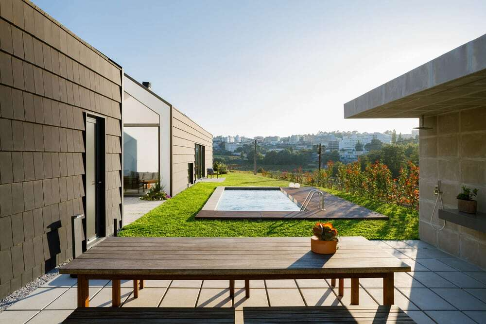 outdoors, terrace, pool, Hous3