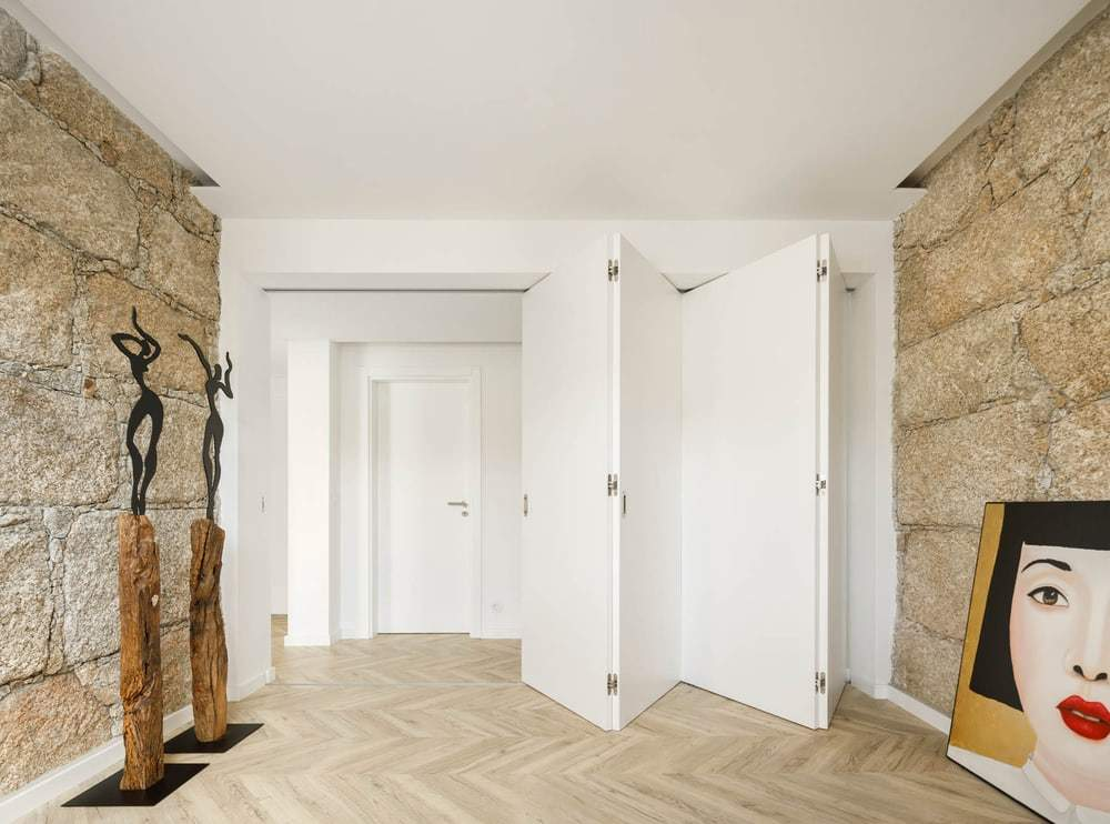 InStone, apartment in Guarda by DRK Atelier
