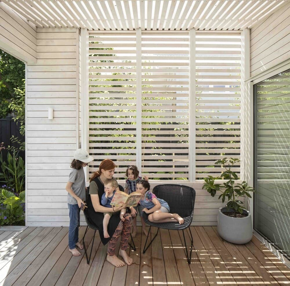 terrace, outdoor, Strachan Group Architects
