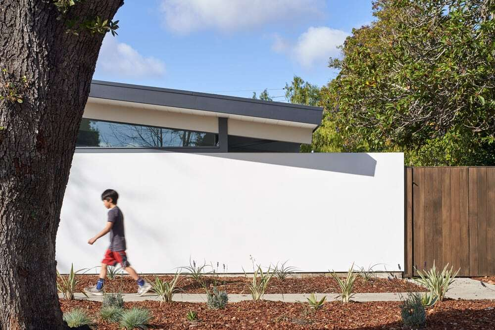 Greenmeadow Eichler House by YamaMar Architecture