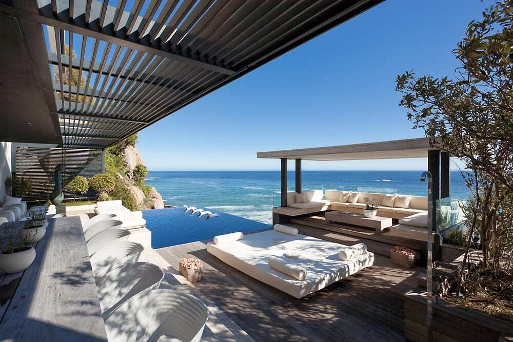 ARRCC Presents Horizon Villa; a Family Home Overlooking the Atlantic Seaboard in Bantry Bay, South Africa
