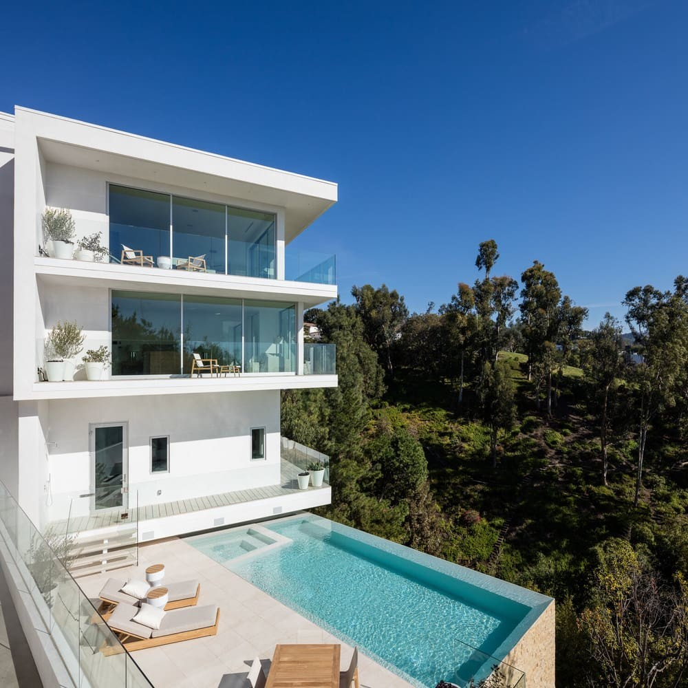 Beverly Grove Residence by Tooke & Co.