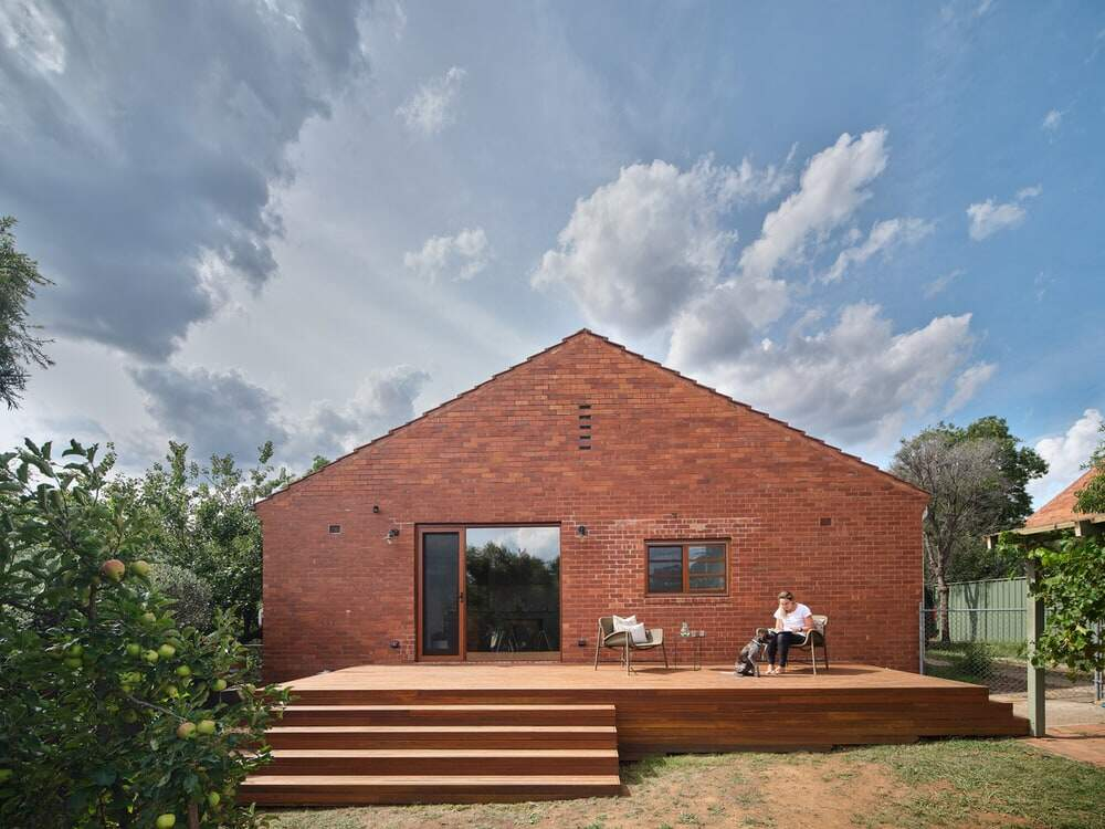 Ainslie Cottage by Buck & Simple