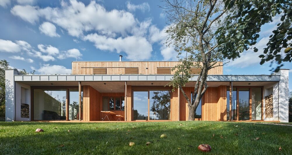 New House in the Old Garden by Kaa Studio