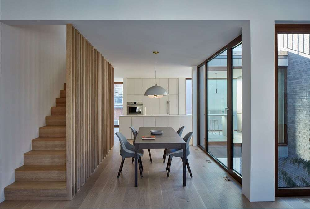 Berri House by Microclimat Architecture
