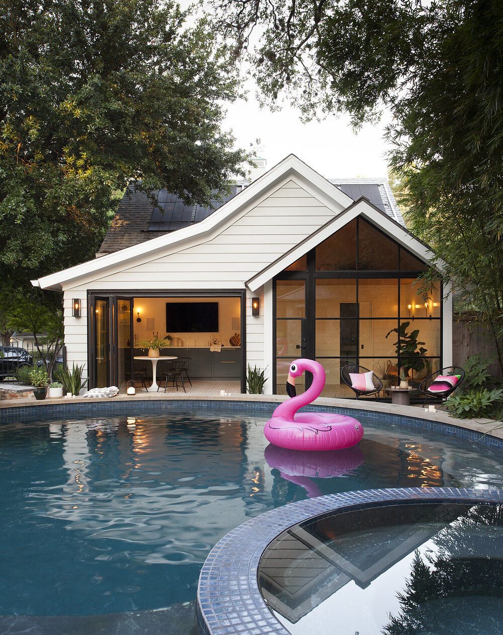 Modern Pool House, Austin by Sanders Architecture