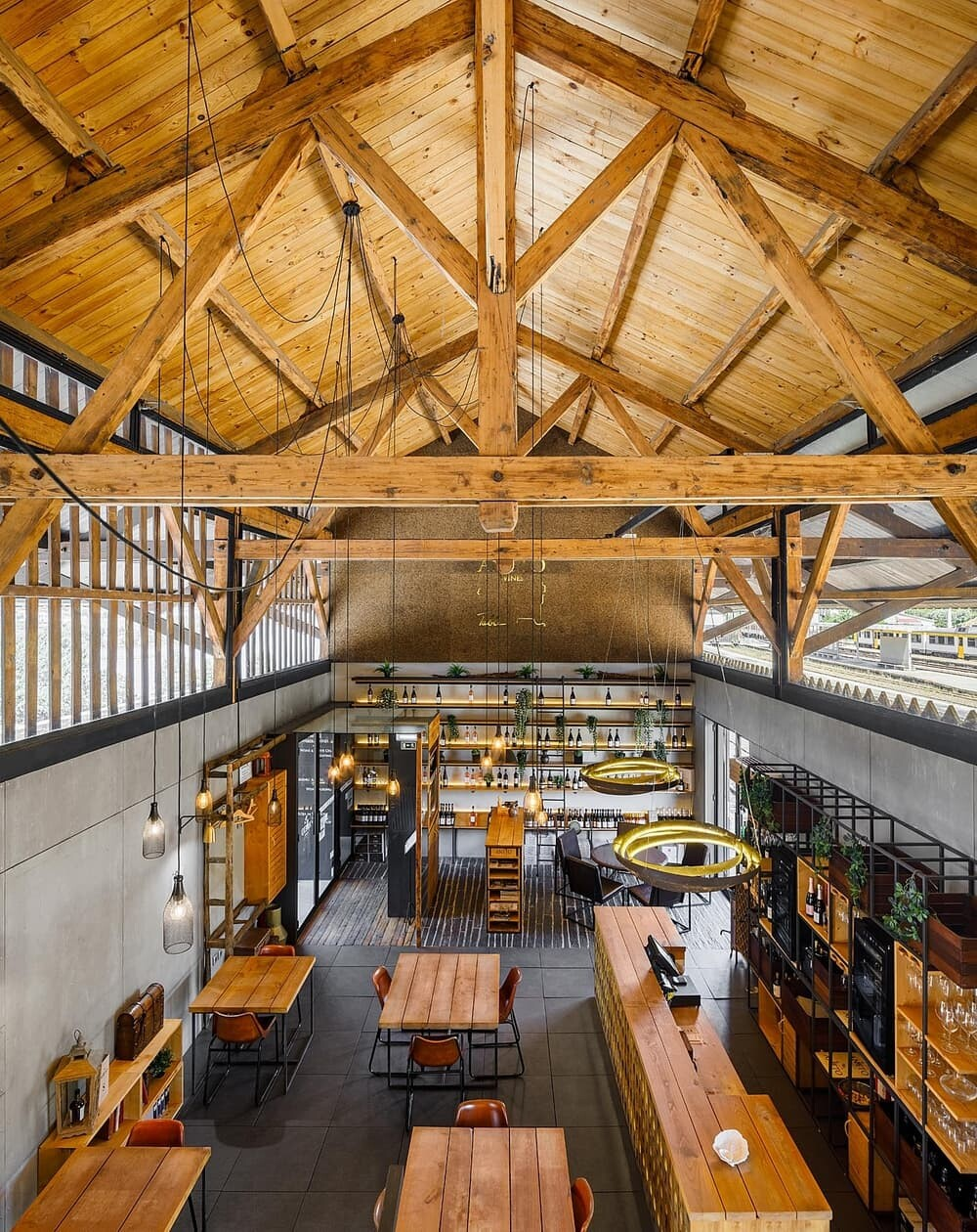 Aneto Restaurant by Just an Architect