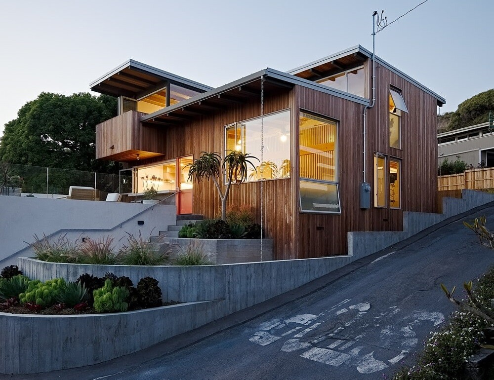 Complete Renovation and Rebuild of a 1951 Vintage Beach Home