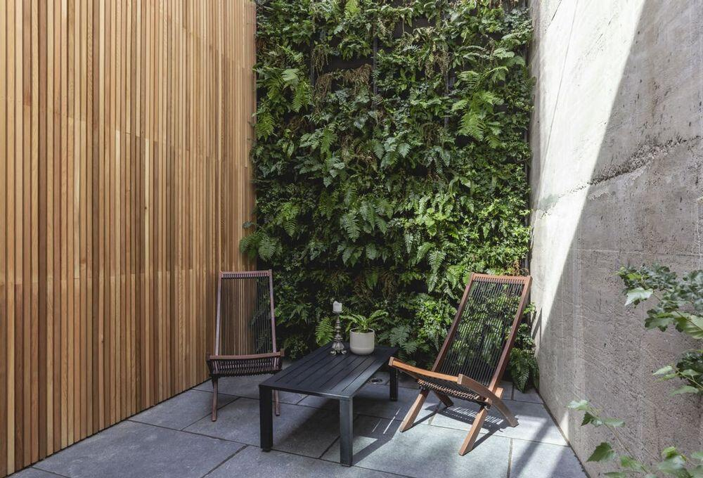 Garden Wall House by Paper House Project