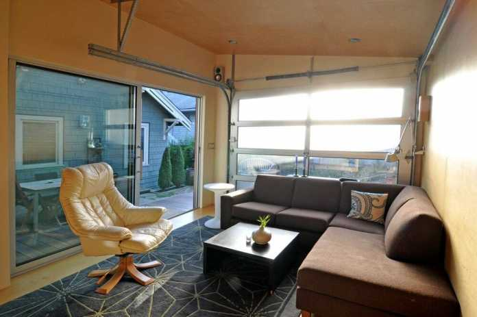 Seattle Backyard Cottage - a 200-square-foot Home Office and Party Pad