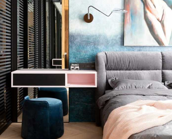 Project: Headliner Apartment Interior Designers: Pavel and Svetlana Alekseevs Location: Moscow, Russia Area: 78 sq.m Year 2021 Text and photos: Courtesy of Pavel and Svetlana Alekseevs