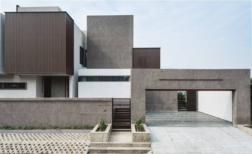 Sarpanch House by Neogenesis and Studi0261