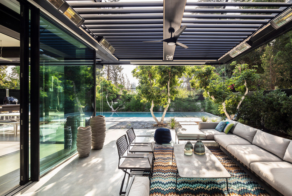 From Rural to Modern - D89 House by Architect Raz Melamed